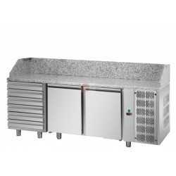 BANCO PIZZA REFRIGERATO - EURONORM (600 X 400 mm) -STRUTTURA INTERAMENTE IN ACCIAIO INOX AISI 304 - 2 PORTE - 6 CASSETTI NEUTRI - PIANO IN GRANITO - TERMOSTATO DIGITALE - TEMPERATURA 0°/+10° - CAPACITA' 440 LITRI - REFRIGERAZIONE VENTILATA - SBRINAMENTO AUTOMATICO - DIMENSIONI CM L216 X P80 X H103/110